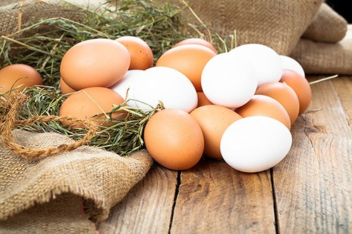 40397127 - eggs on wooden background